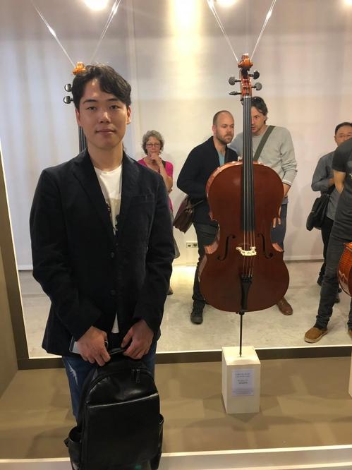 мастер виолончелей.jpg