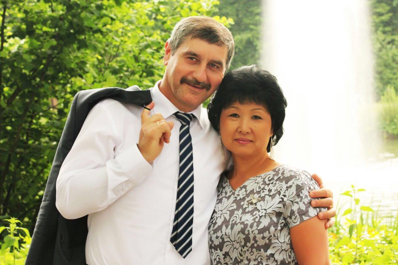 Родители Юрий Биво и Елена Ню.JPG